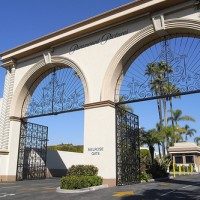 Paramount Picture Entrance Gate